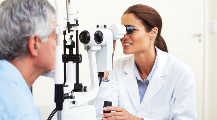 Lactoferrin Promotes Healthy Healing after Cataract Surgery