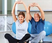 Green Tea and Vitamin E Enhance Exercise Benefits in Older Men and Women