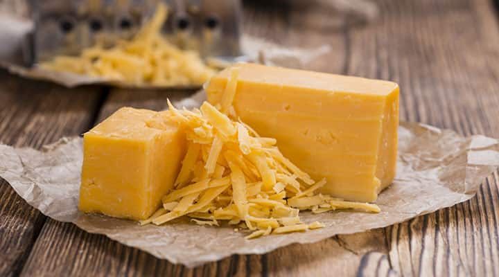 Vitamin K2 from cheddar cheese